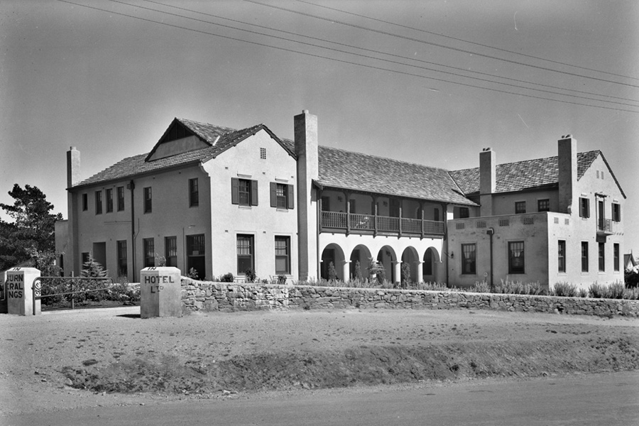 Photograph taken in 1937 of the new Mineral Springs Hotel.