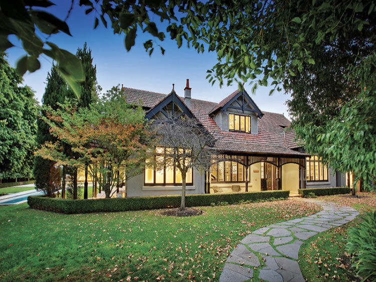 edwardian villa melbourne.jpg