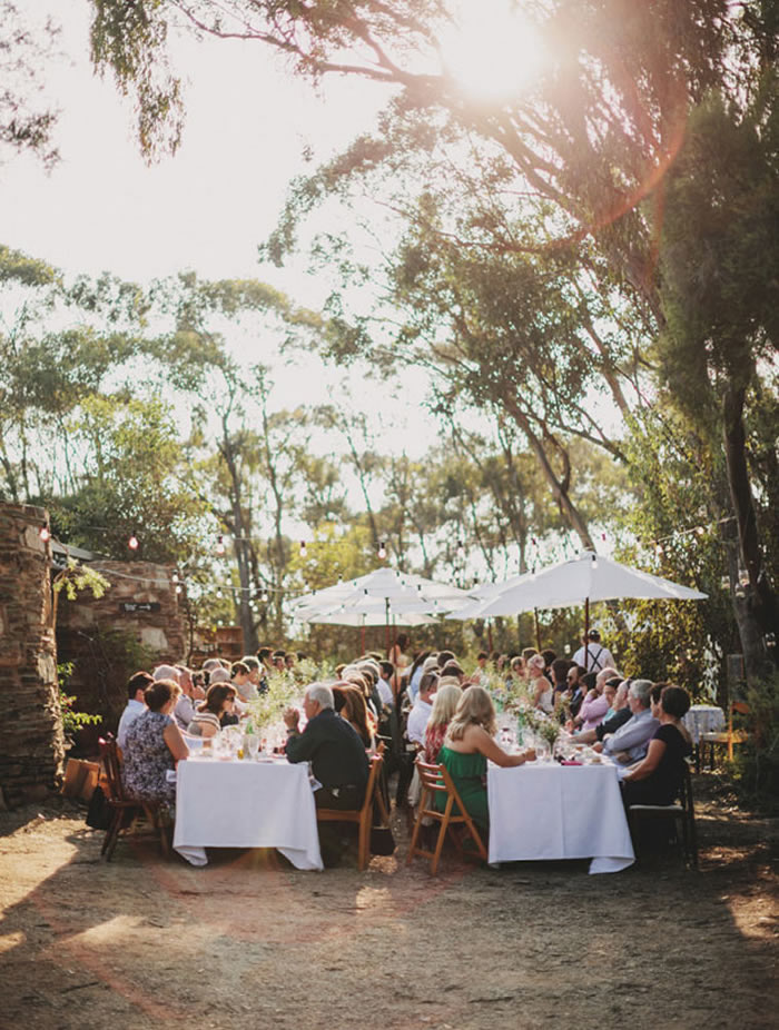 The Boyd Baker house has become a very much loved venue for weddings, with its relaxed bushland setting and natural materials. Image via hello may.