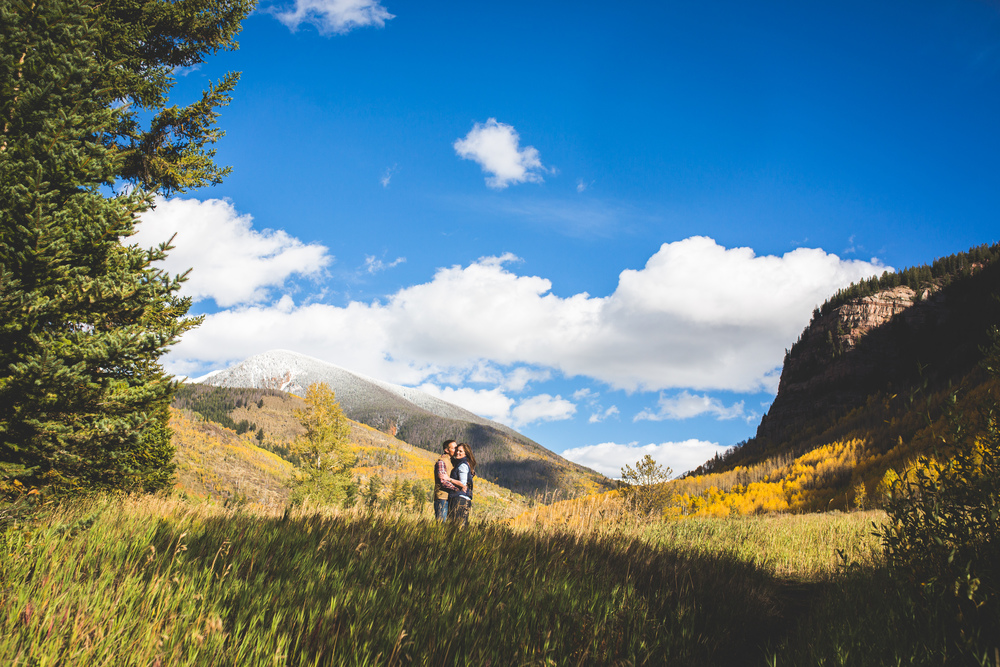 Rocky Mountain Fall Engagement Shoot | Denver, Colorado | Bello & Blue Events | Colorado & Denver Wedding Planner