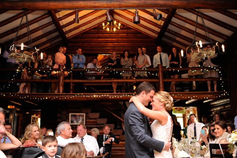 Spring Mountain Wedding | Estes Park, Colorado | Bello & Blue Events | Colorado & Denver Wedding Planner