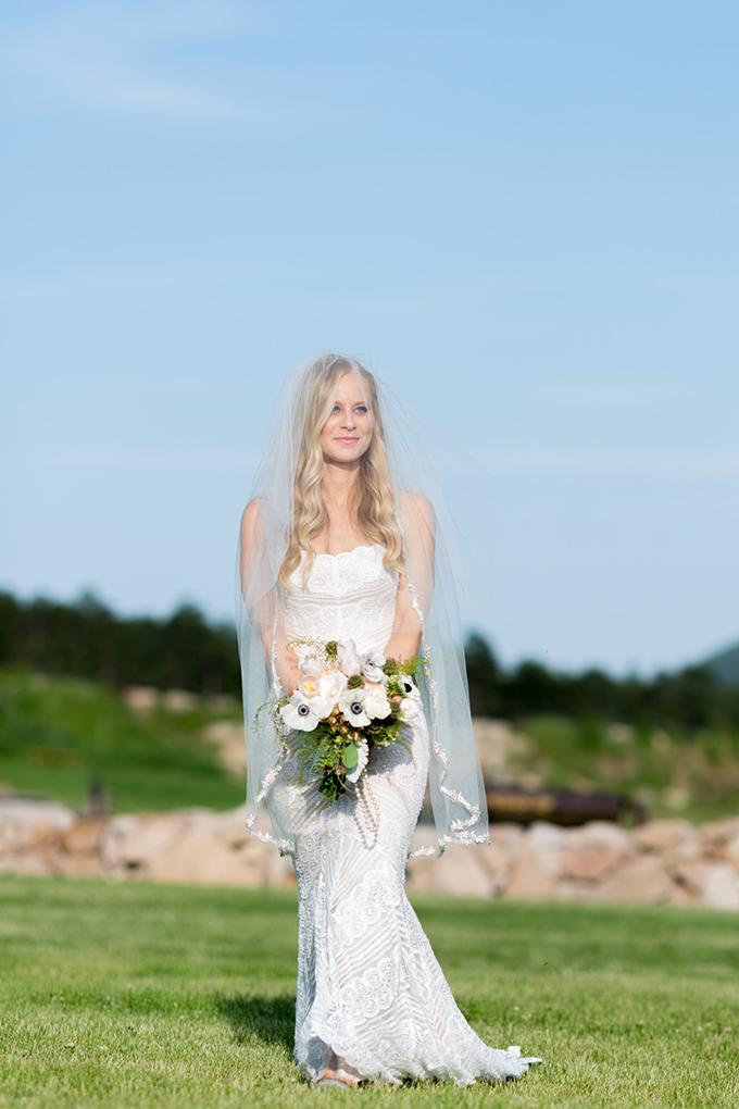 rustic-barn-wedding-Mathew-Irving-Photography-Glamour-Grace-11.jpg