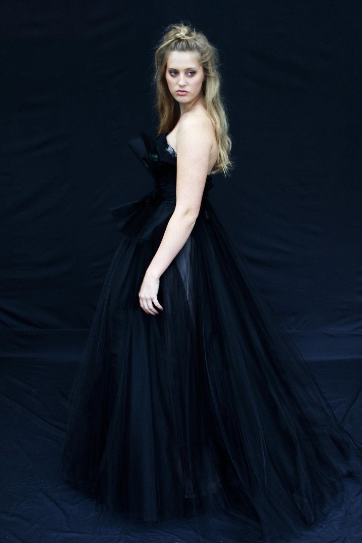 Black Swan3.jpg