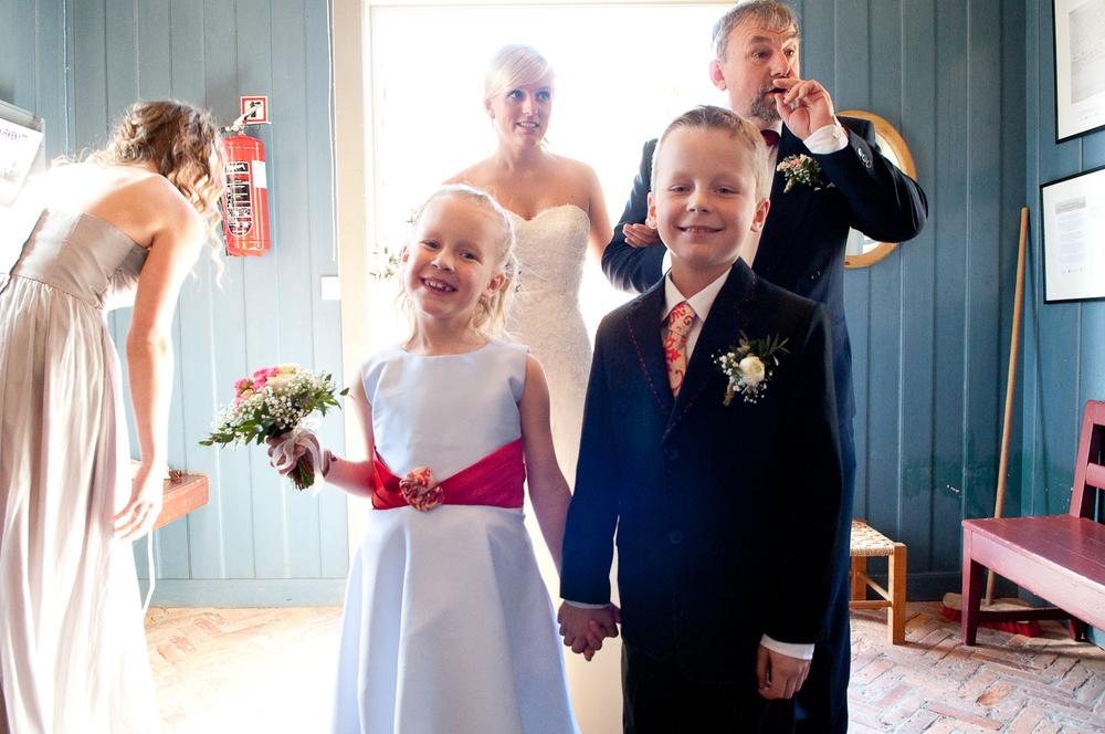 Bryllupsfotograf-Vestfold-Andebu-kirke-Vielse-4.jpg
