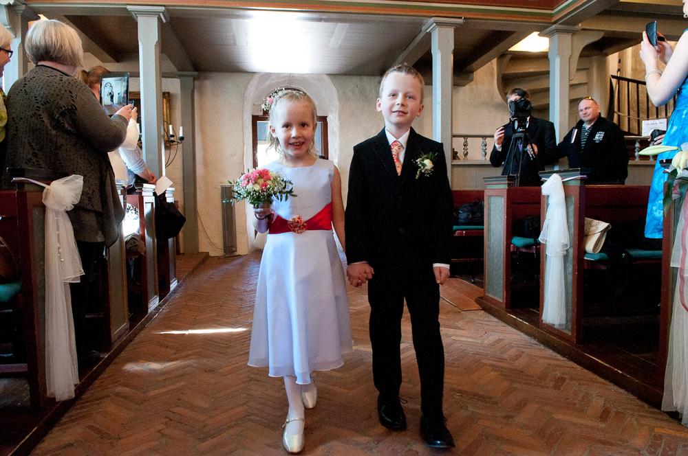 Bryllupsfotograf-Vestfold-Andebu-kirke-Vielse-5.jpg