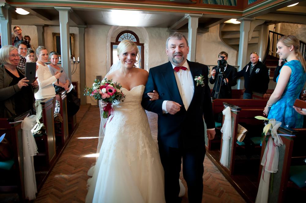 Bryllupsfotograf-Vestfold-Andebu-kirke-Vielse-6.jpg