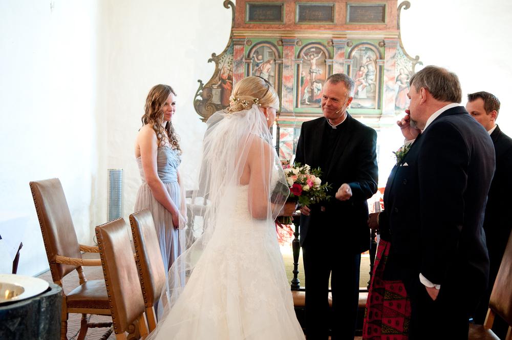 Bryllupsfotograf-Vestfold-Andebu-kirke-Vielse-15.jpg