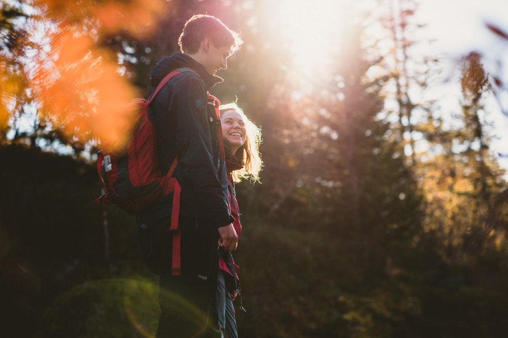 Fotograf-Martin-Bonden-forlovelse-skog.jpg