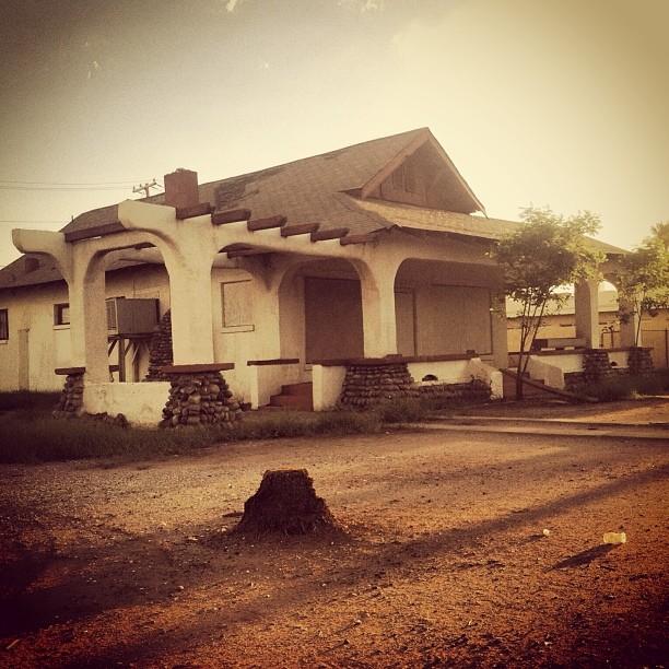 Endangered Dozen Phoenix Historic Neighborhoods Coalition - Guirey-residence-arizona-architecture-classic