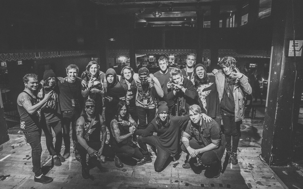 "Band / Crew of ""The Touring Dead"" Tour  //  For All I Am, Tear Out The Heart, Famous Last Words"