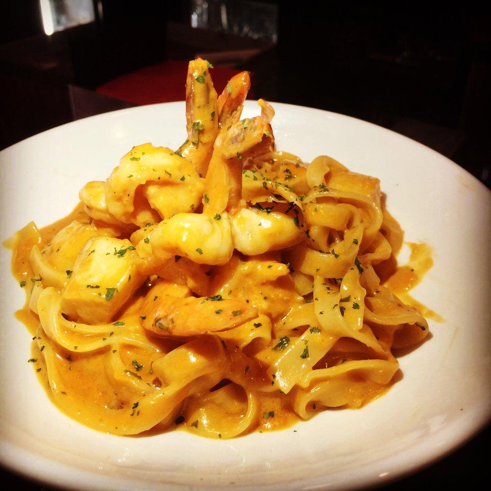 Shrimp & Scallop Tagliatelle
