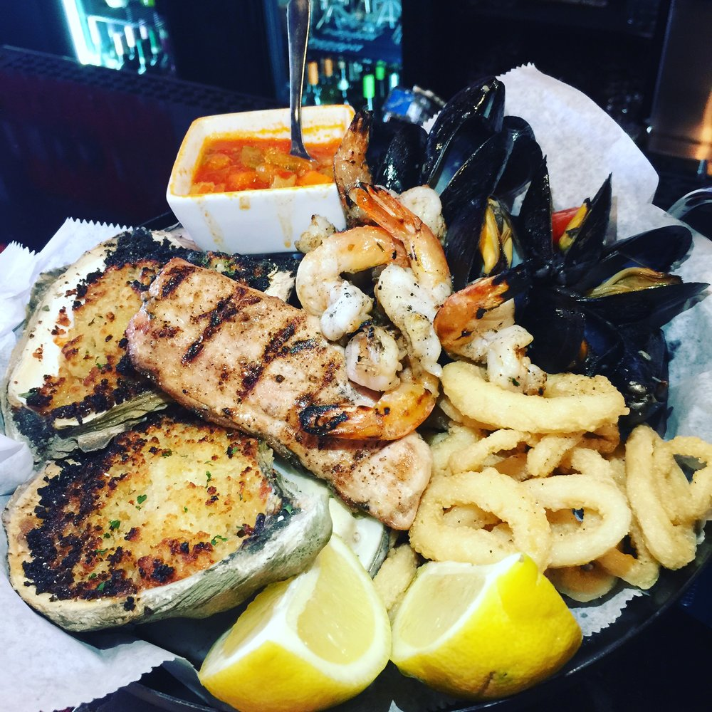 Oyster & Seafood Platter