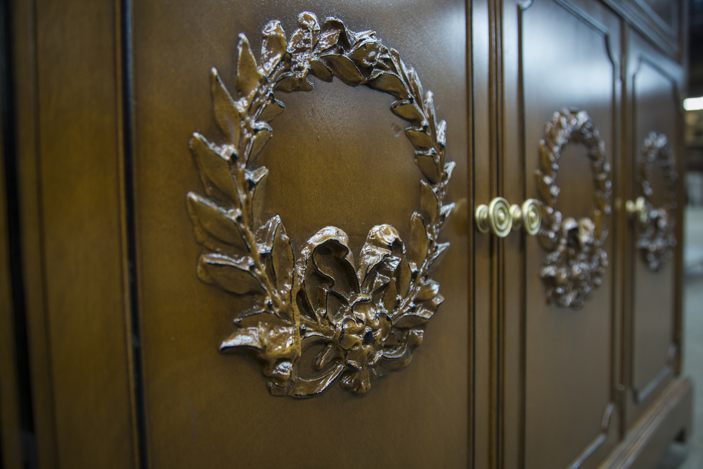 Wreath Cabinet 3.jpg