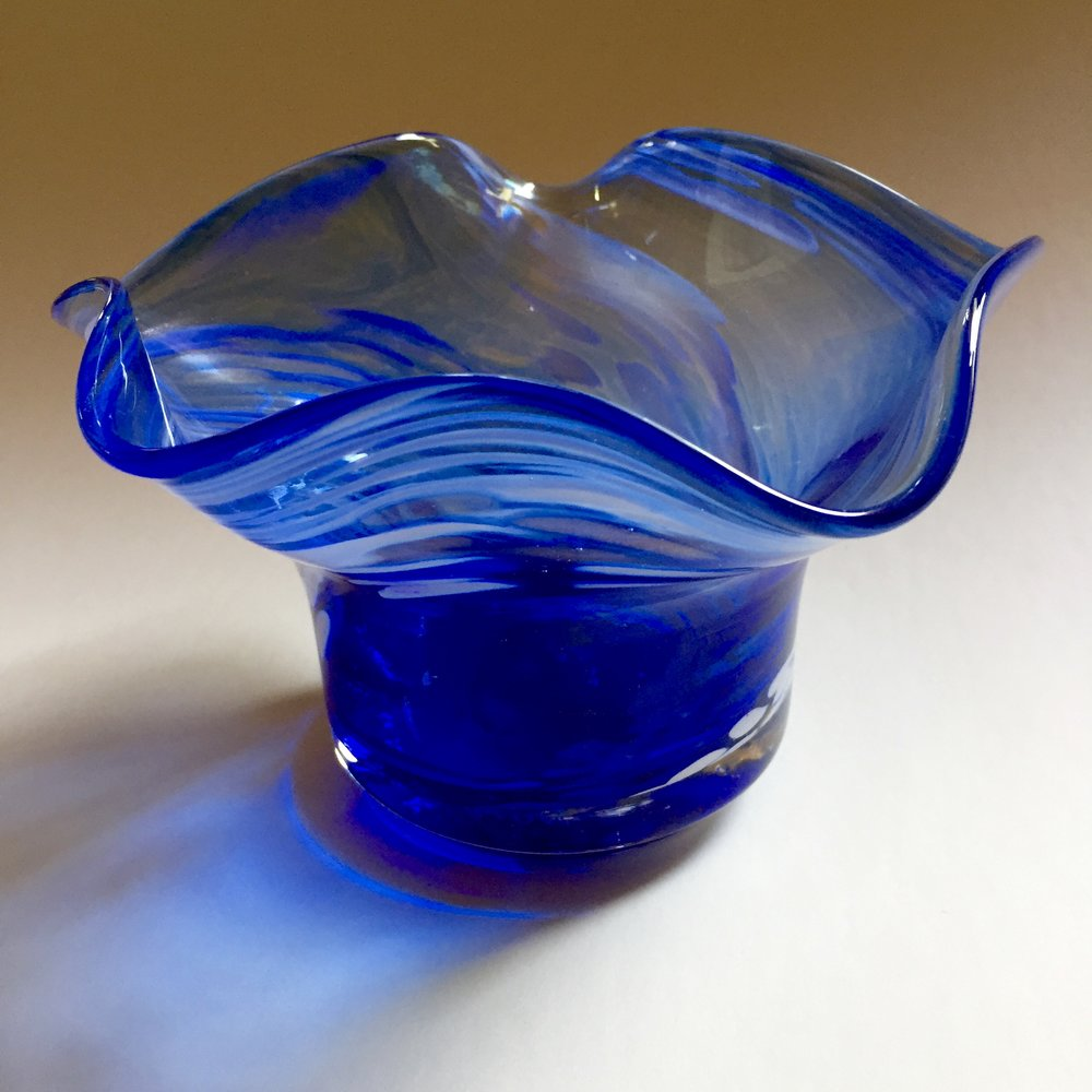 Blue Bowl by Allen's Art Glass Auction Item #177   Blown glass