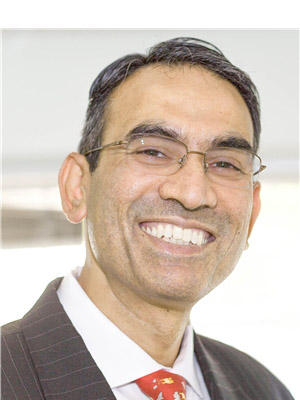 Siva Sreenivasan, Oral and Maxillofacial Surgeon