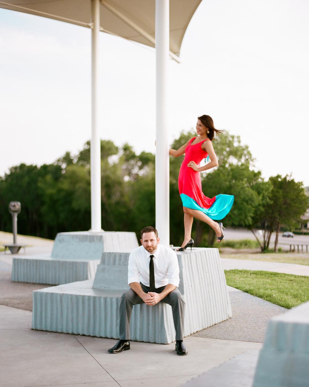 Downtown Dallas Engagement Photographer - Jessica Garmon