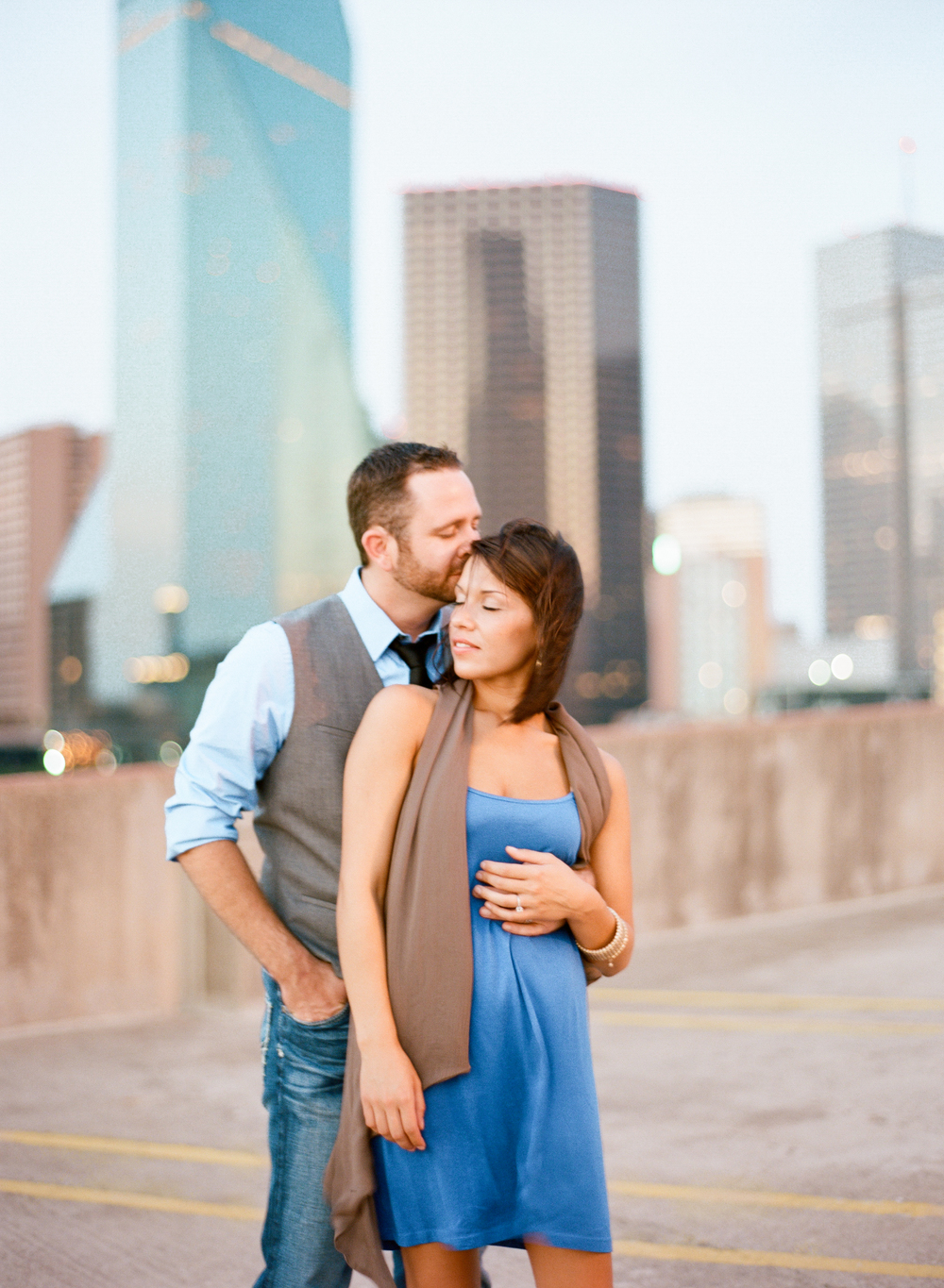Downtown Dallas Texas Engagement Photography by Jessica Garmon