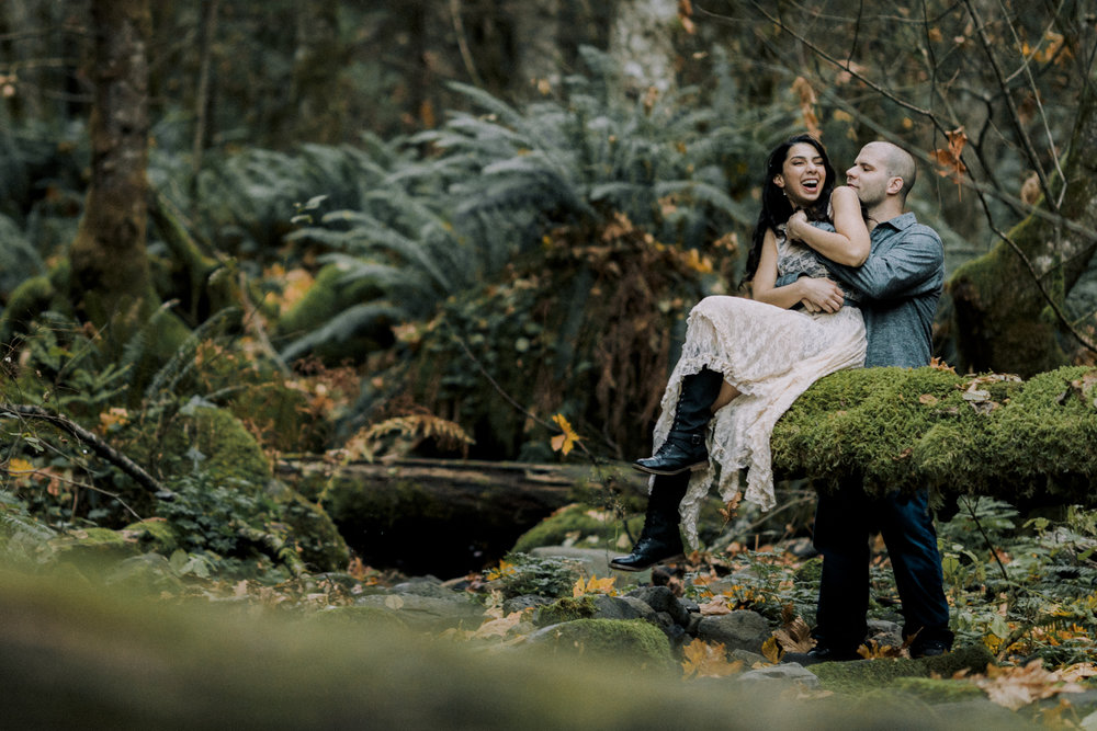 Columbia River Gorge - Portland Engagement
