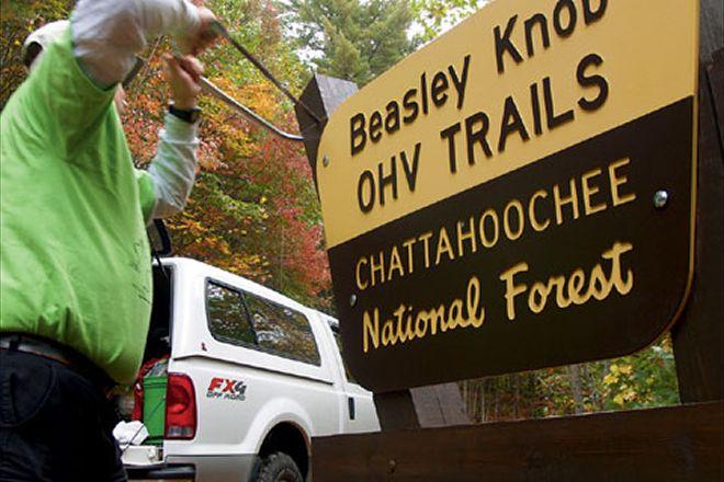 beasley-knob-ohv+chatahoochee-sign.jpg