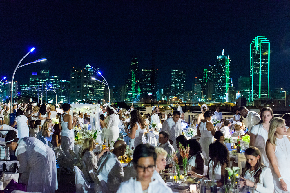 Diner En Blanc Dallas 2015 held on Continental Avenue Bridge
