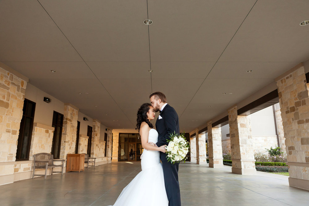 MADDOX_WeddingPartyPortraits_658.jpg