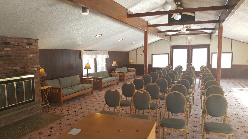 New Meeting Room (2).jpg