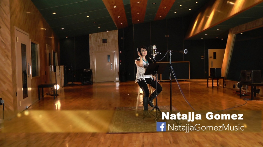 Natajja Gomez in studio (music video).jpg
