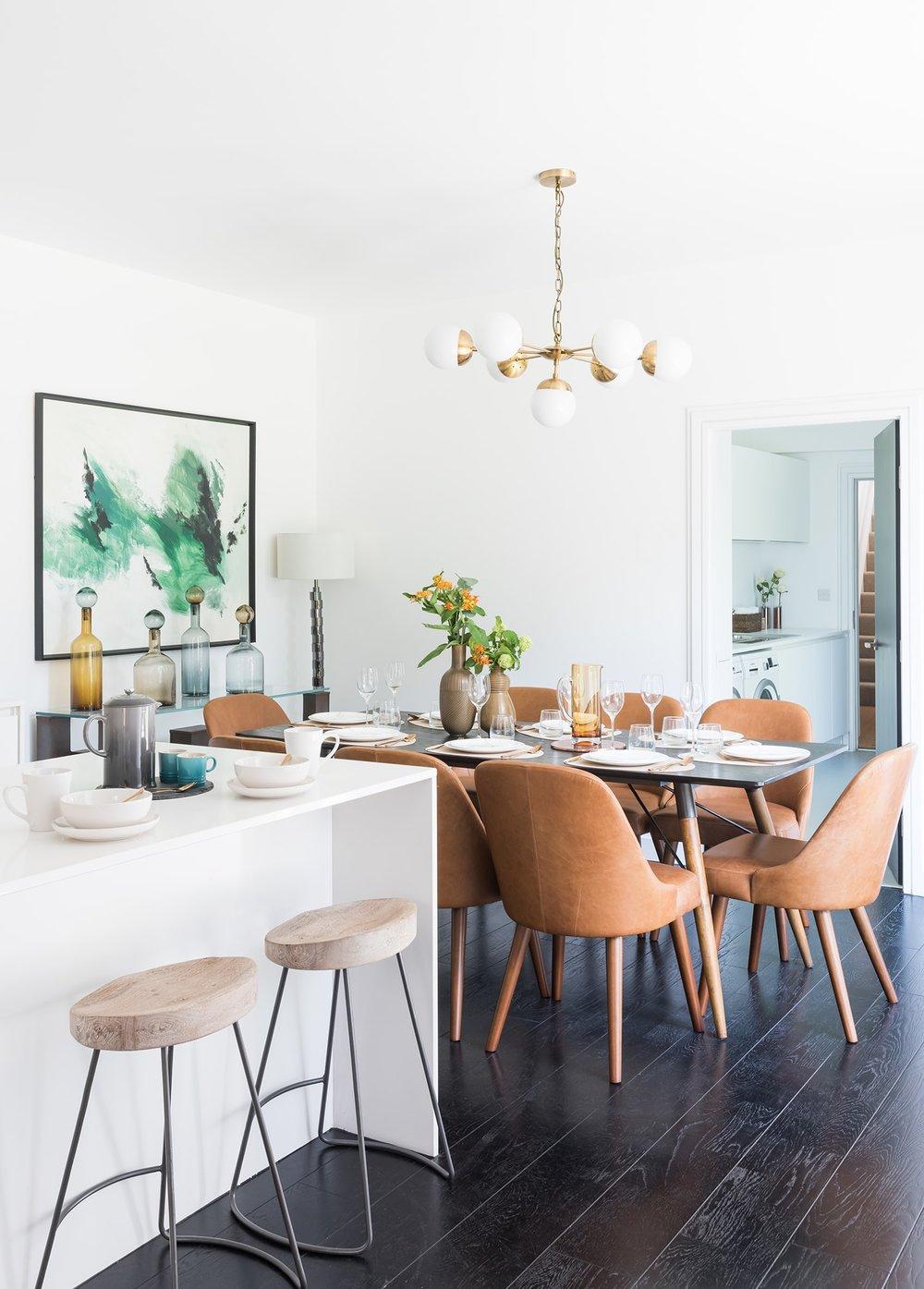 A.LONDON_Ashchurch_Villas_Living_Room_06.jpg