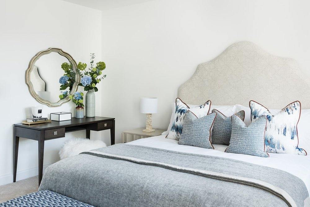 A.LONDON_Ashchurch_Villas_Bedroom_17.jpg
