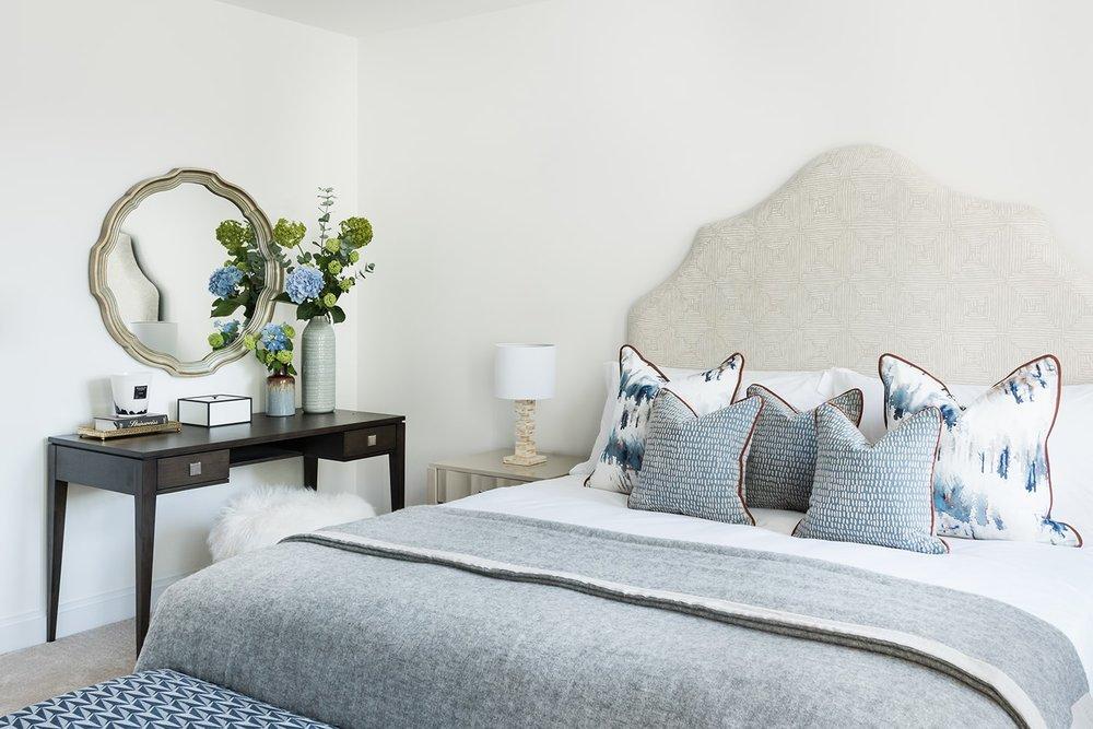 A.LONDON_Ashchurch_Villas_Bedroom_17.jpg