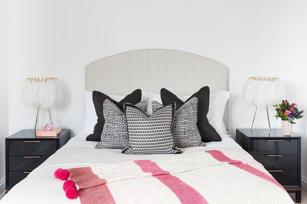 A.LONDON_Ashchurch_Villas_Bedroom_19.jpg