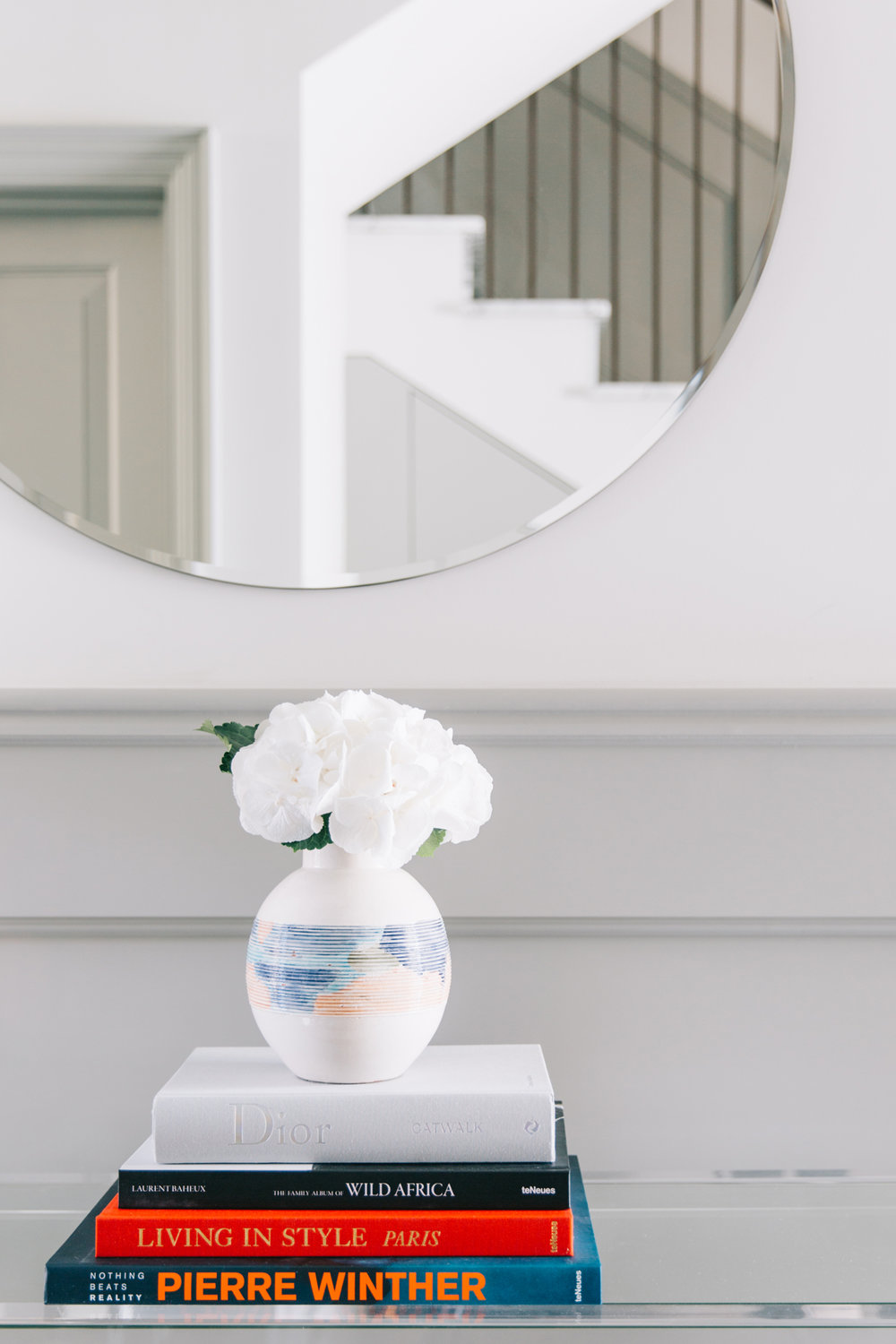The_Wetherby_022_entrance_room.jpg