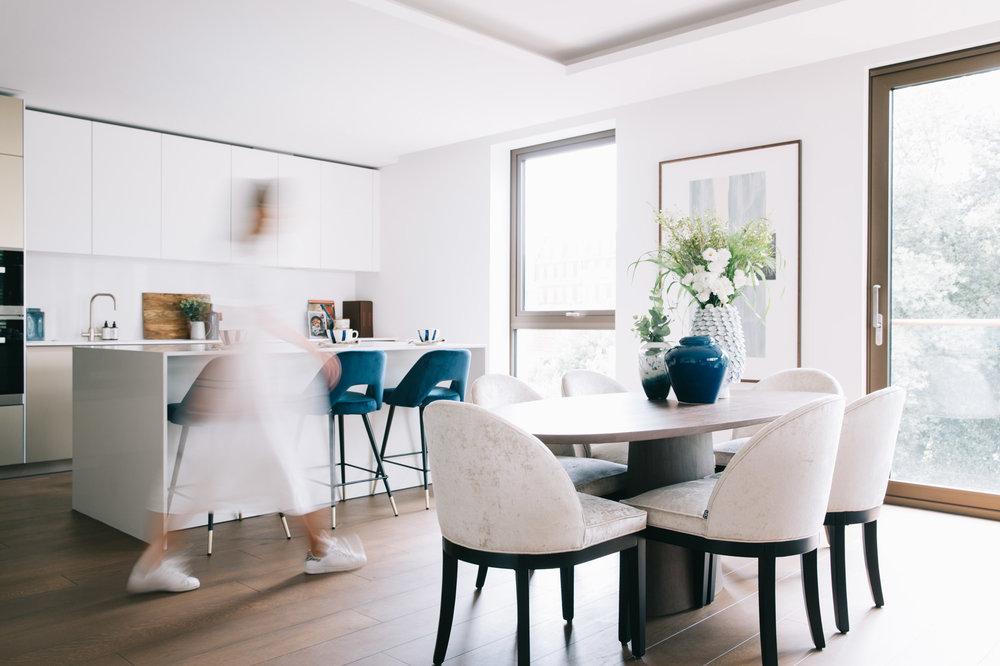 A_LONDON_Holland_Park_Villas_09_Dining_Area_Kitchen_Living_Room.jpg