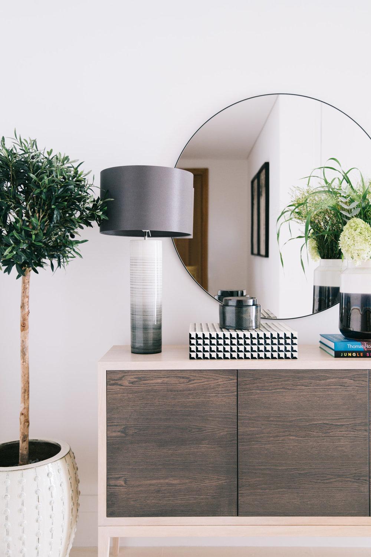 A_LONDON_Holland_Park_Villas_20_Living_Room_Entrance.jpg