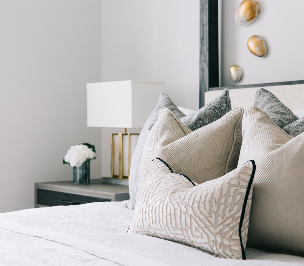 A_LONDON_The_Wetherby_016_bedroom.jpg