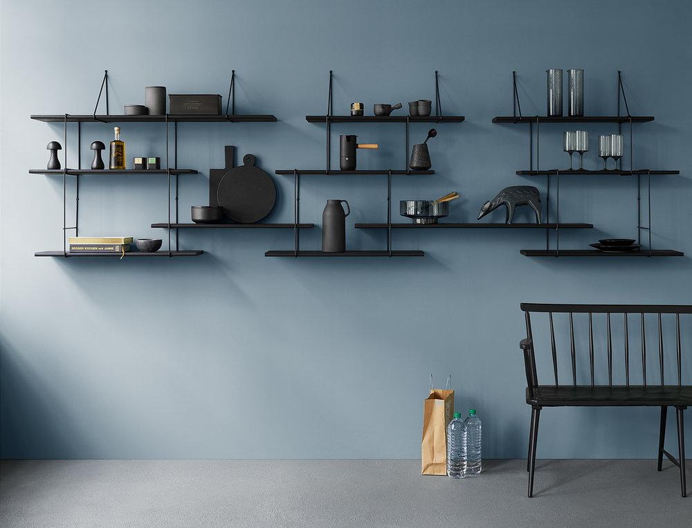 LINK SHELF BY STUDIO HAUSEN. PHOTO: ANNE DEPPE, STYLING: NICI THEUERKAUF