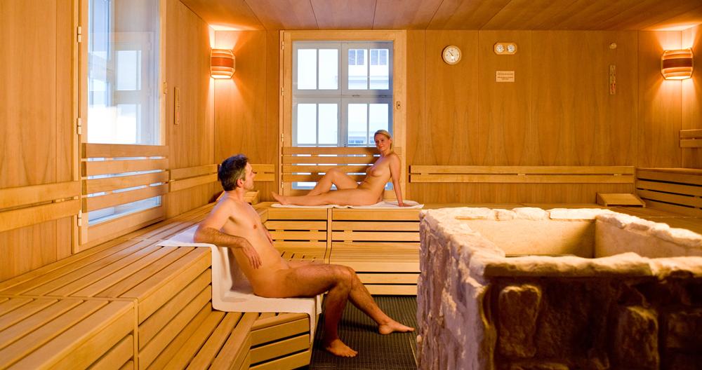 öffnungszeiten baden baden therme