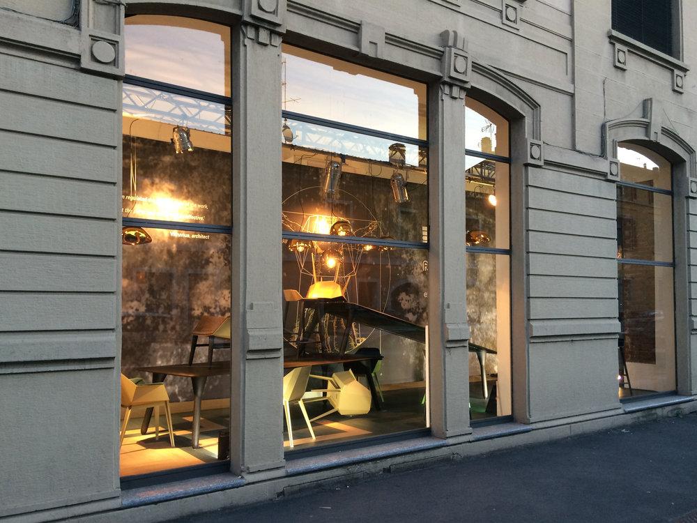 Milan_2017_window5.jpg