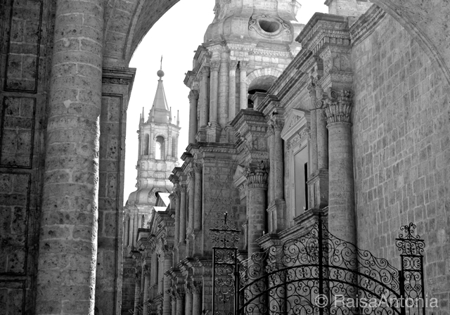 arequipa cathedral 3.jpg