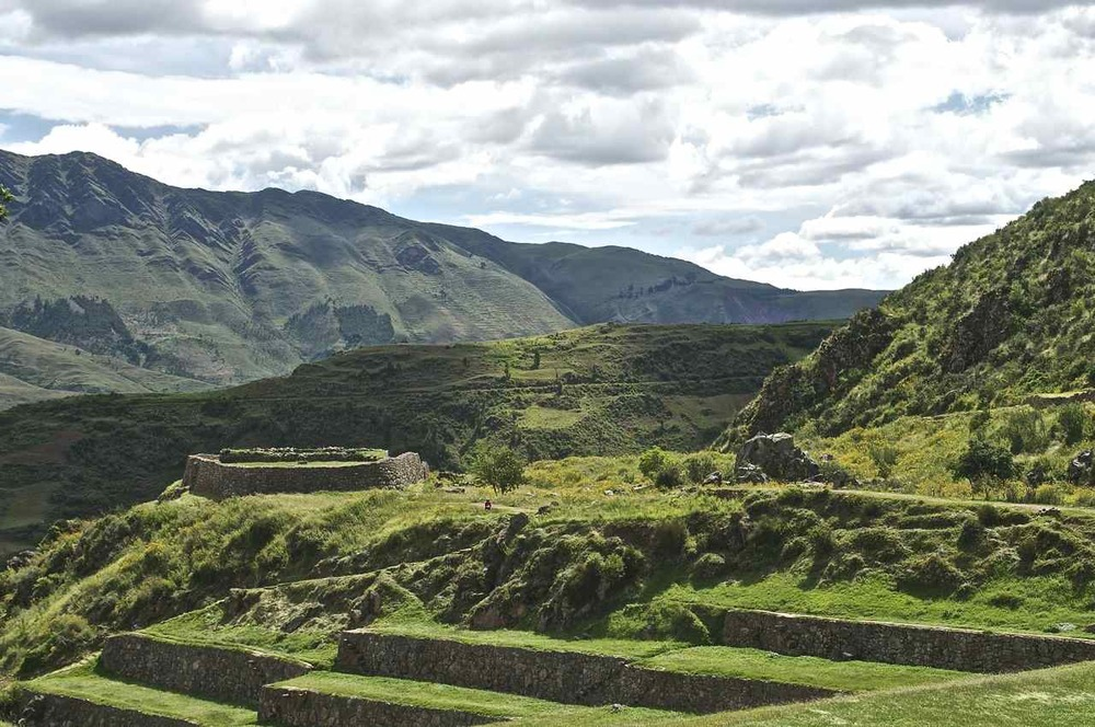 The upper portion of the complex intersects with the Inca Trail, which eventually leads to Machu Picchu deeper into the Andes.