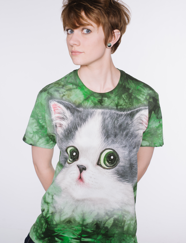 Amp her Aura and her love for cats with the Purrsonalities Collection by Kayomi Harai.