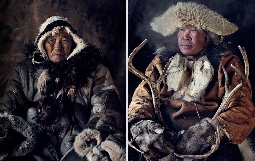 photographs-of-vanishing-tribes-before-they-pass-away-jimmy-nelson-14__880-1.jpg