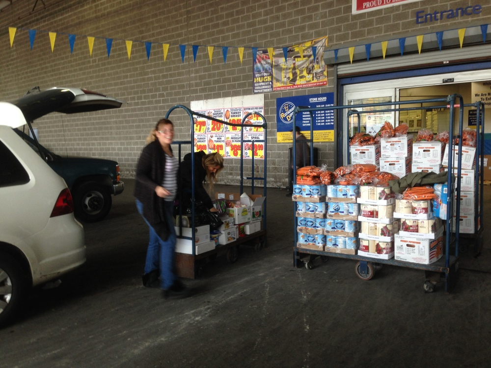 We donated 1,000 pounds of food ahead of the Thanksgiving holiday