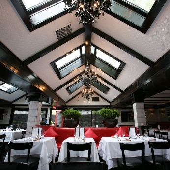 Philippe-Restaurant-East-Hamptons-Interior-1.jpg