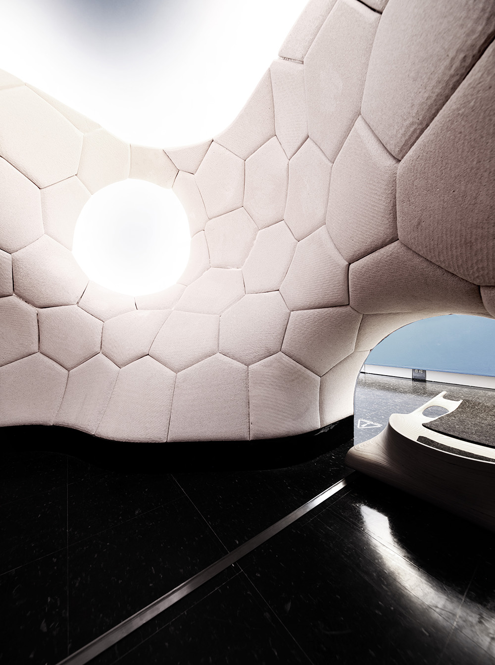 RoundRoom_Interior_001.jpg