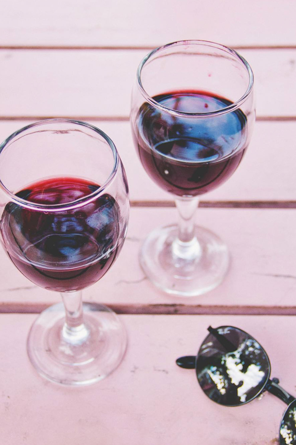 Red Wine / Cheers Happy Hour / Pink Table / Instagram Photo Ideas / Kelly Fiance Creative