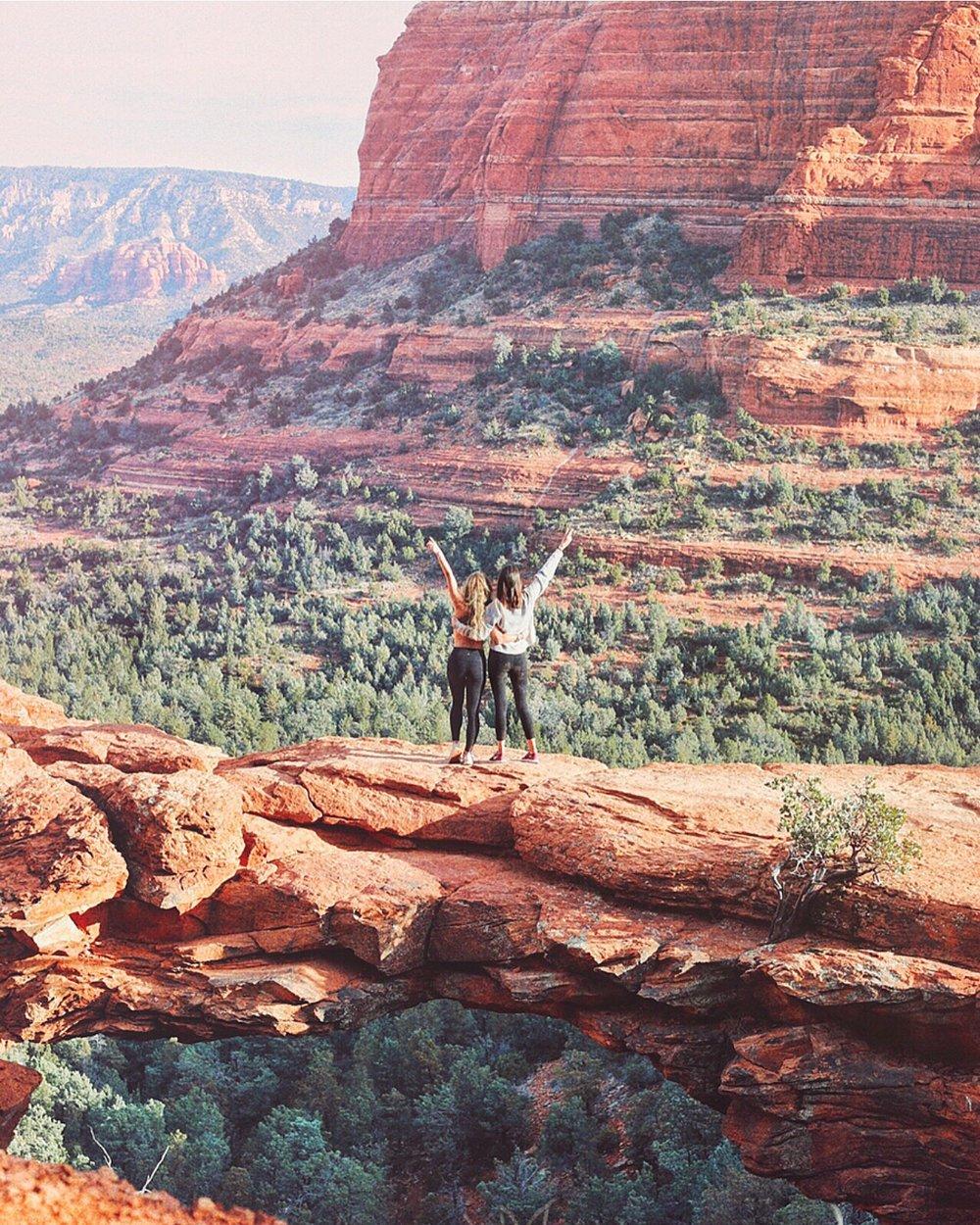 Devil's Bridge Hike Sedona Arizona - Kelly Wirht Photography