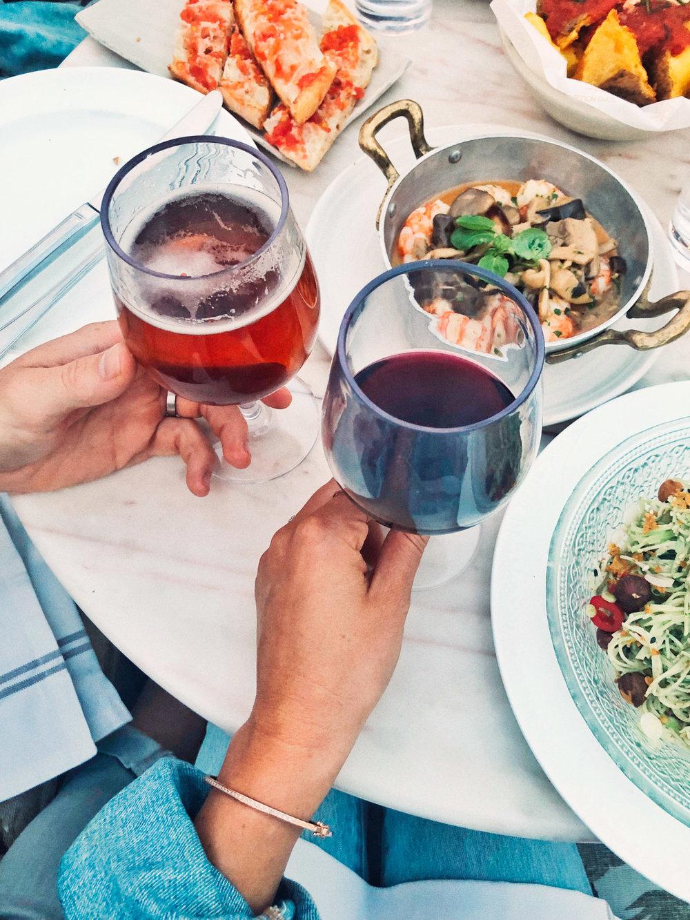 Honeymoon in Europe // Travel Ideas / Wanderlust / Photography / Europe Trip Itinerary / Spanish Wine & Tapas