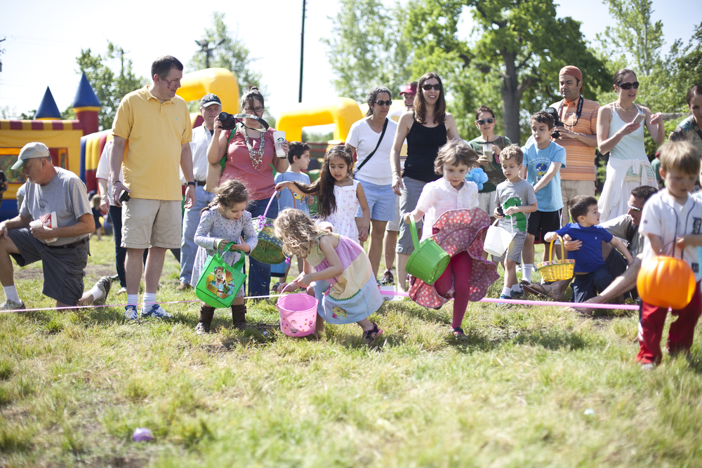 I volunteer as the photo editor for my neighborhood's monthly newsletter: Pecan Press and sometimes I am asked to take photos of events in our neighborhood. This is from Easter.