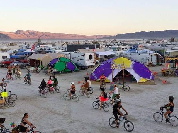 Cat's Meow Burning Man, Black Rock City, NV August 2014 Desert Kit Frame: Lodge Shade Stars: Purple and Yellow Tent: White, flap door Retail: $4000